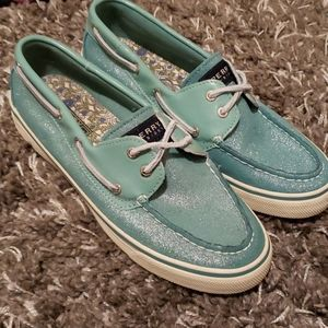 Sperry size 8 aqua shimmer